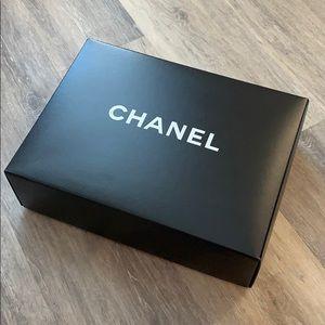 Large Chanel handbag box & extras